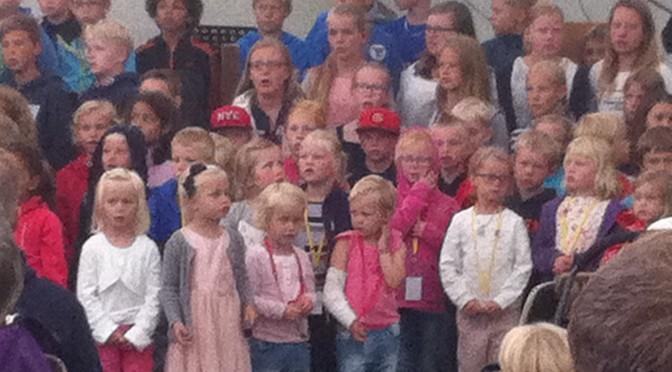 参加瑞典圣经夏令营