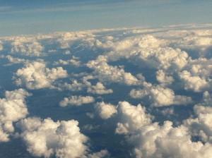 蓝天白云让人心情开阔,斯德哥尔摩和哥德堡上空的云。