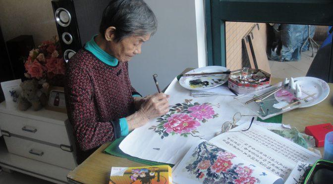 91岁陈洪女士画作:夕阳画乐 艺苑红枫