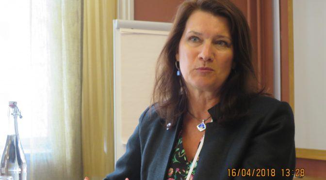 瑞典欧盟与贸易大臣林德说中瑞关系对瑞典来说极其重要
