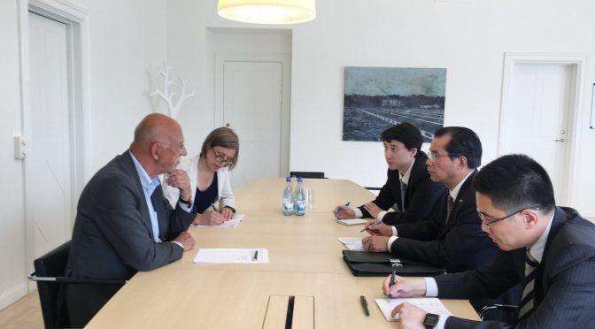 今日头条:桂从友大使同瑞典首相府国务秘书达尔格伦就发展中瑞关系交换意见