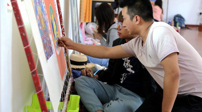 【港澳】香港青年学画唐卡:描绘唐卡亦是一种修行(配文)