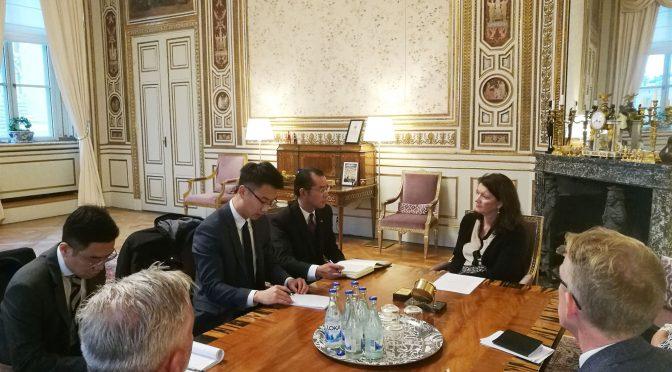 今日头条:瑞典外交大臣林德会见桂从友大使并表示高度重视发展对华关系
