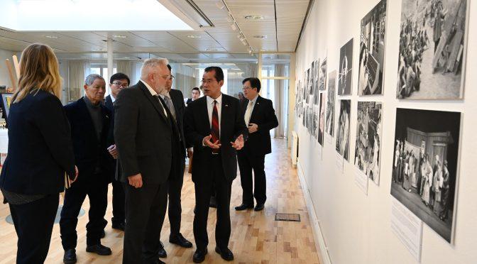 今日头条:庆祝中华人民共和国成立70周年主题国际巡展在斯德哥尔摩中国文化中心隆重开幕