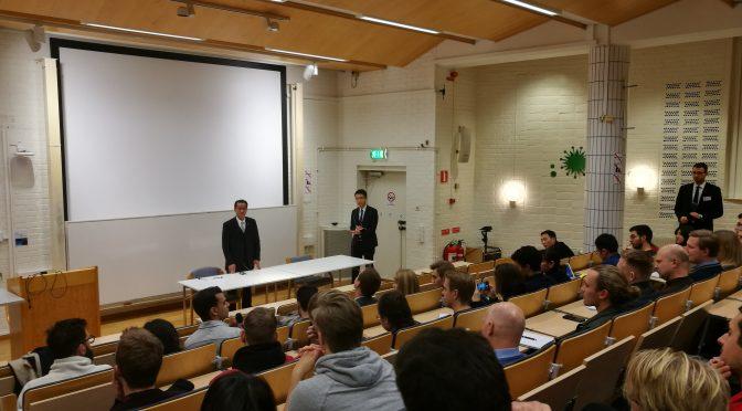 今日头条:桂从友大使同瑞典哥德堡大学学生交流