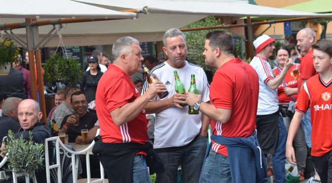 Manchester United Team Fans in Karlberg