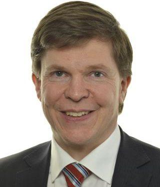 今日头条:瑞典温和党党员安德利亚斯.诺尔伦当选为瑞典议会议长