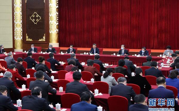 习近平看望参加政协会议的医药卫生界教育界委员