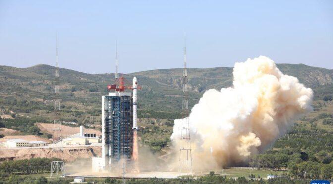 高光谱观测卫星成功发射 将满足我国环境综合监测需求